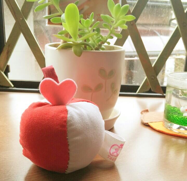 ピンクりんごtachi