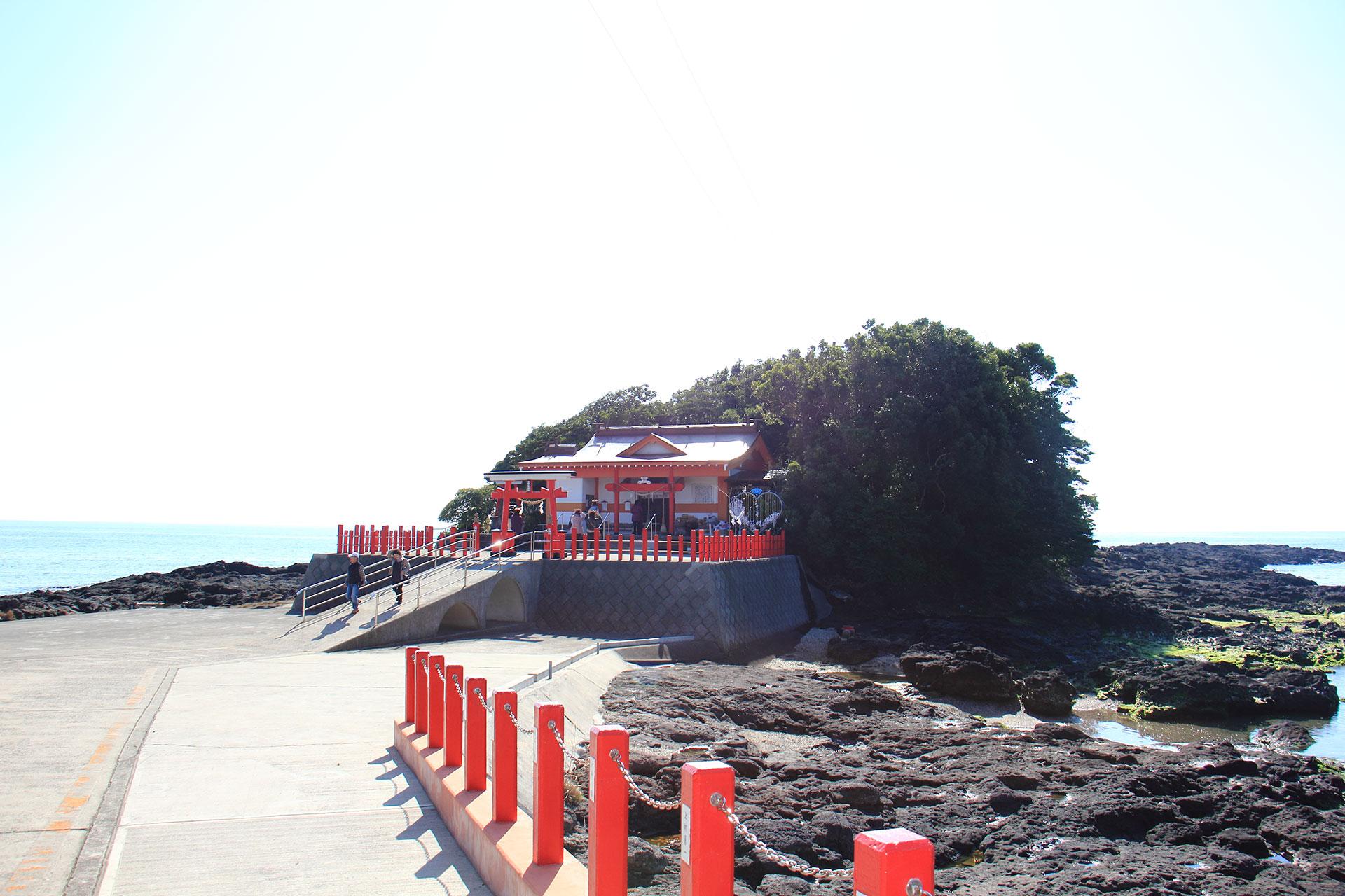 鹿児島のパワースポット。釜蓋神社♪